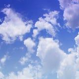 与云彩的蓝天 库存照片