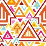 与五颜六色的三角和线的抽象几何无缝的样式 免版税库存图片