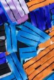 与五颜六色的丝带的偶然构成 图库摄影