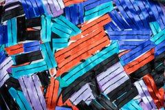 与五颜六色的丝带的抽象偶然构成 库存照片