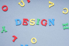 与五颜六色的信件的设计 库存照片