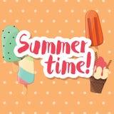 与五颜六色的光滑的冰淇凌的海报设计 库存例证