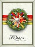 与五颜六色的弓和装饰的圣诞节花圈 免版税库存照片