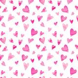 与五颜六色的心脏-桃红色浪漫色彩的无缝的水彩样式  库存图片