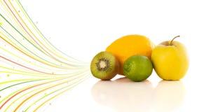 与五颜六色的抽象线的健康热带水果 库存照片