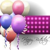 与五颜六色的气球和发光的背景的生日贺卡 免版税库存图片
