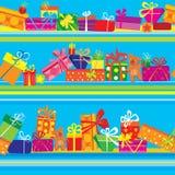 与五颜六色的礼物盒的无缝的样式 免版税库存照片