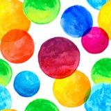 与五颜六色的水彩被绘的圈子的无缝的样式 库存图片