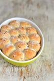 与亚麻籽的小圆面包 图库摄影