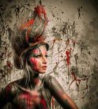 与人体艺术的妇女冥想 免版税库存图片