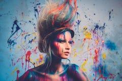 与人体艺术的妇女冥想 库存照片