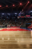 与人爱好者的篮球场 竞技场雨体育运动体育场 Photoreal 3d回报背景 blured在distancelike的轻率冒险倾斜光学 库存照片