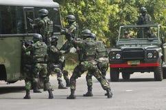 与伊斯兰教国家外部危机战斗的印度尼西亚军事 免版税图库摄影