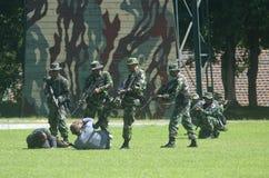 与伊斯兰教国家外部危机战斗的印度尼西亚军事 图库摄影