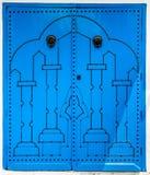 与传统装饰品的蓝色门作为西迪布赛义德的标志 免版税图库摄影