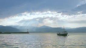与传统渔船的沿海 影视素材