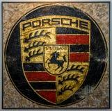 与保时捷商标的绘画由德国艺术家Ferencz奥利维尔 免版税库存照片