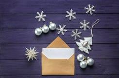 与信件的构成给圣诞老人 免版税库存图片