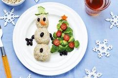 与健康kid& x27的圣诞节午餐; s食物 免版税库存照片