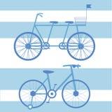 与儿童和成人自行车双的例证 免版税库存图片