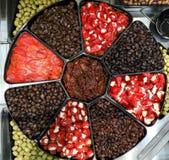 与充塞的砂锅橄榄用甜椒 免版税库存照片