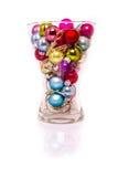 与光的圣诞节中看不中用的物品在花瓶 库存图片