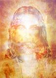 与光,目光接触光芒四射的五颜六色的能量的耶稣基督绘画  图库摄影