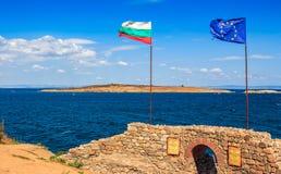 与入口的北塔对sozopol堡垒  库存照片