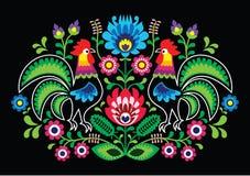 与公鸡的波兰花卉刺绣-传统民间样式 免版税库存图片