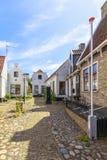 与典型的房子的街道视图和建筑学在小室城镇, vi 免版税图库摄影