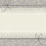 与典雅的花的逗人喜爱的鞋带框架 免版税图库摄影