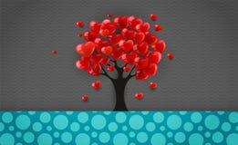 与冠的树由红色心脏制成对情人节 库存照片