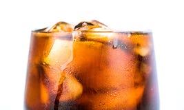 与冰的可乐饮料我 图库摄影