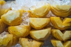 与冰的菠萝 图库摄影