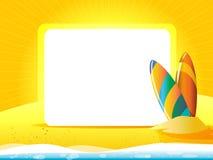 与冲浪板的贺卡在黄色背景 图库摄影