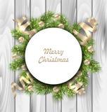 与冷杉枝杈,球的圣诞快乐卡片 免版税库存图片