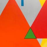 与几何形状的抽象绘画艺术:五颜六色的三角 图库摄影