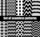 与几何形状的集合无缝的样式 黑白几何形状在背景中 向量 免版税图库摄影