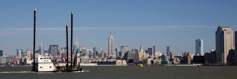 与凯瑟琳G猛拉的曼哈顿中城地平线 库存照片