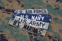与分支磁带的美军概念在伪装制服 库存图片