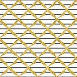 与刷子条纹和十字架的现代无缝的样式 染黑,在白色背景的金子金属颜色 金黄的闪烁 免版税库存图片