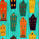 与动画片愉快的村庄房子的逗人喜爱的无缝的样式 在传染媒介的减速火箭的家庭背景样式 图库摄影