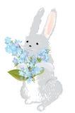 与勿忘草花花束的兔宝宝  免版税库存图片
