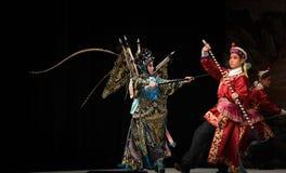 """与北京Opera""""杨Family†的妇女将军战斗的夜 库存照片"""