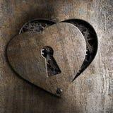 与匙孔的金属心脏 库存图片
