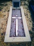 与十字架的坟墓 库存照片