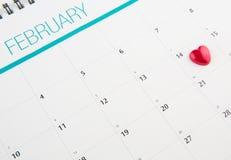 与华伦泰心脏形状III的日历 免版税库存图片