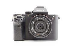 与卡尔・蔡司透镜的索尼阿尔法mirrorless照相机 免版税库存图片