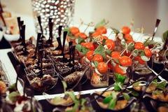 与叉子和西红柿的开胃菜沙拉 库存照片