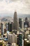 与双塔的市中心,吉隆坡地平线 免版税图库摄影